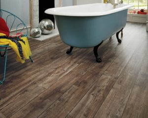 Karndean Knight Tile KP103_Mid-Worn-Oak