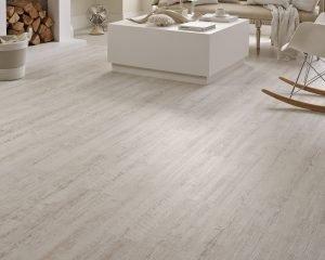 Karndean Knight Tile KP105_White-Painted-Oak