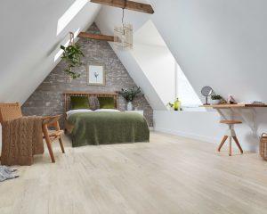 Karndean Knight Tile KP131-Grey-Scandi-Pine-Bedroom