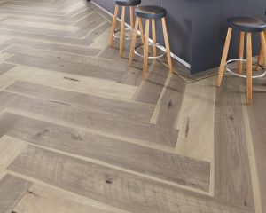 Karndean Art Select EW11 Weathered Hickory